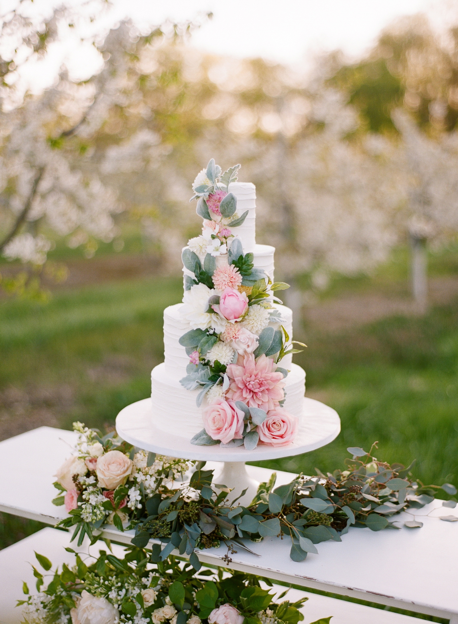 orchard bridal inspiration cake