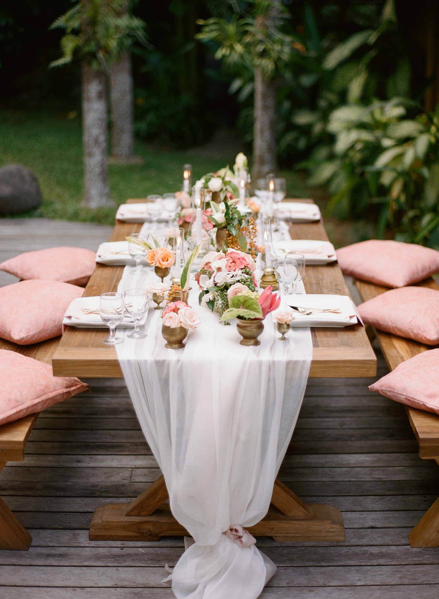 destination wedding photos on film I peach ombre tablescape