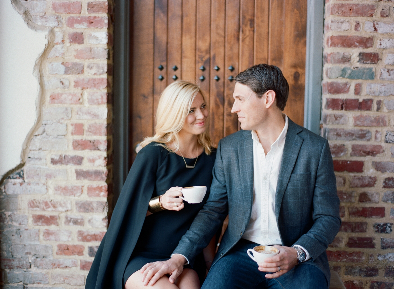 city chic maternity session in Washington DC, La Colombe