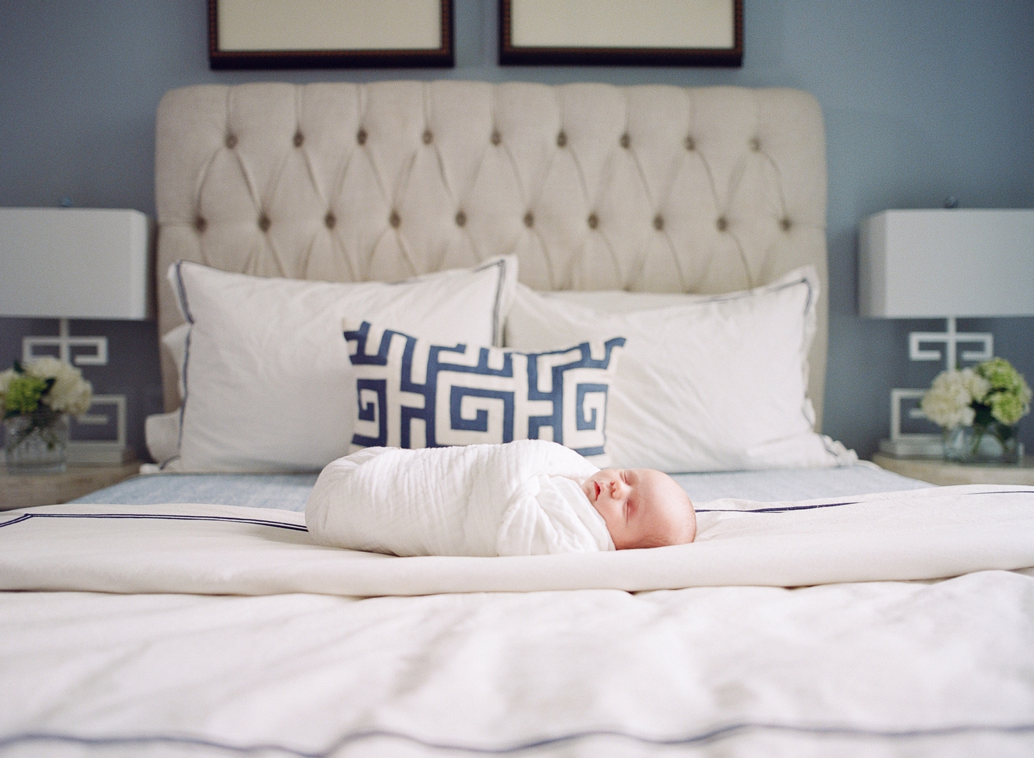 in home lifestyle baby photographer, washington dc