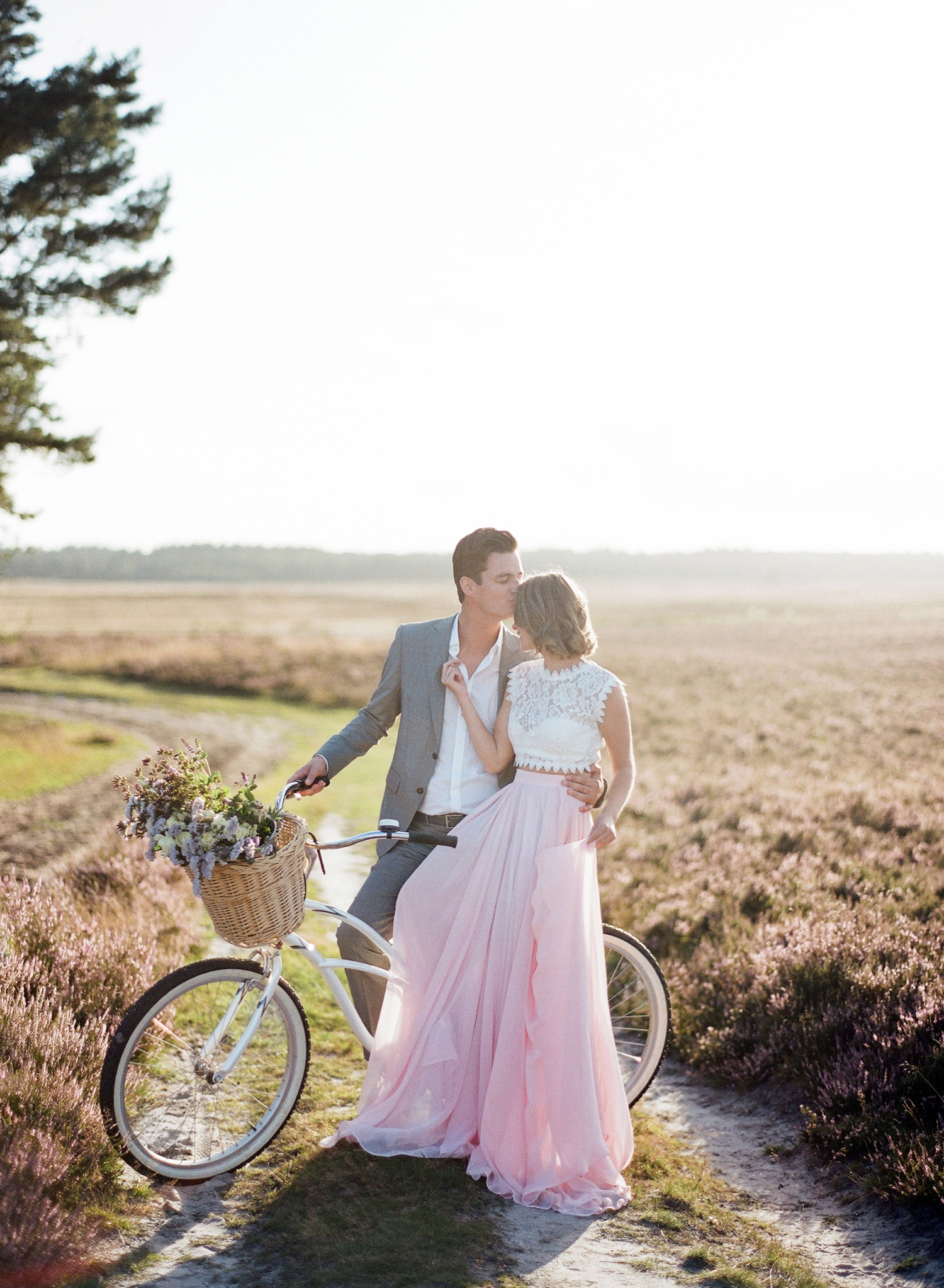 engagement photos bicycle outdoors