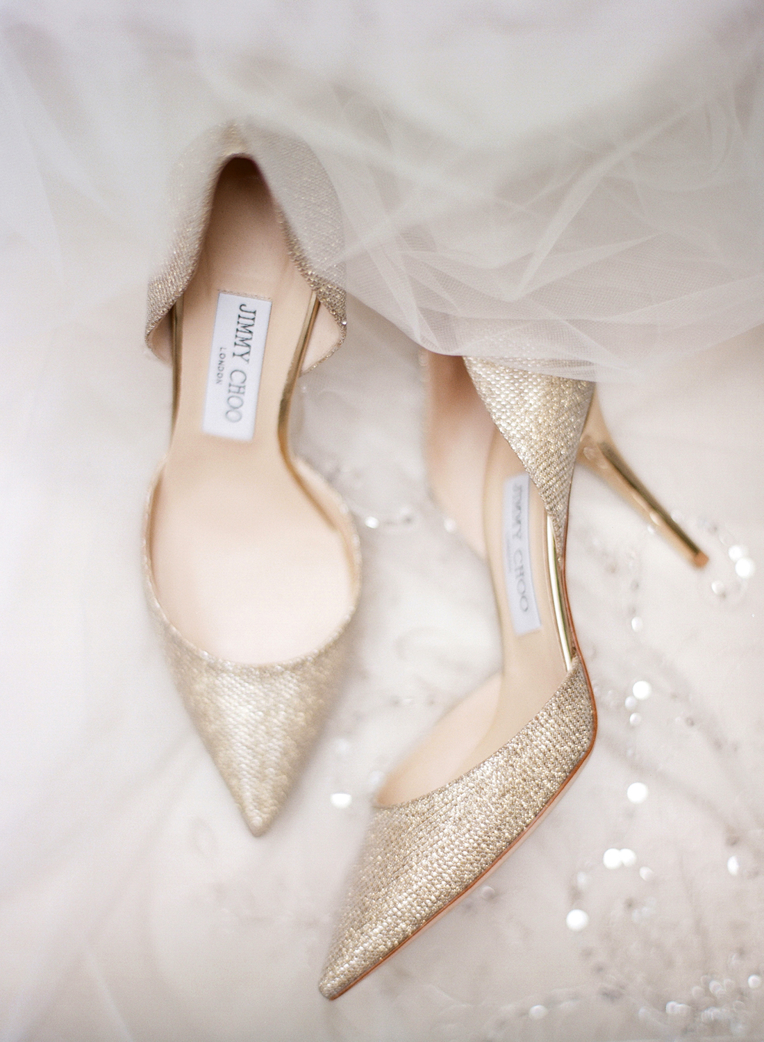 gold jimmy choo wedding shoes, fine art dc wedding photographer