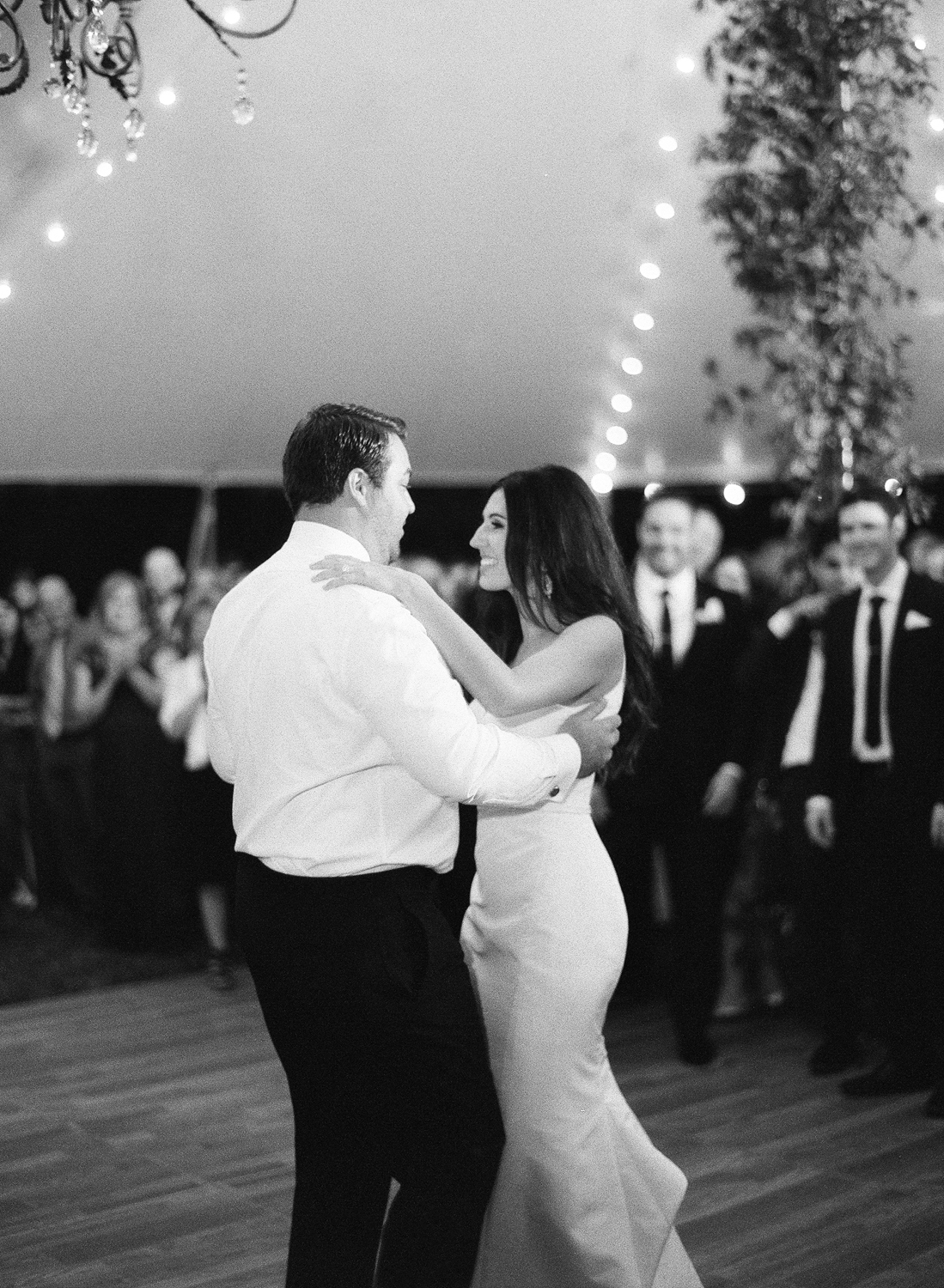 morven park wedding, black and white film photographer, first dance