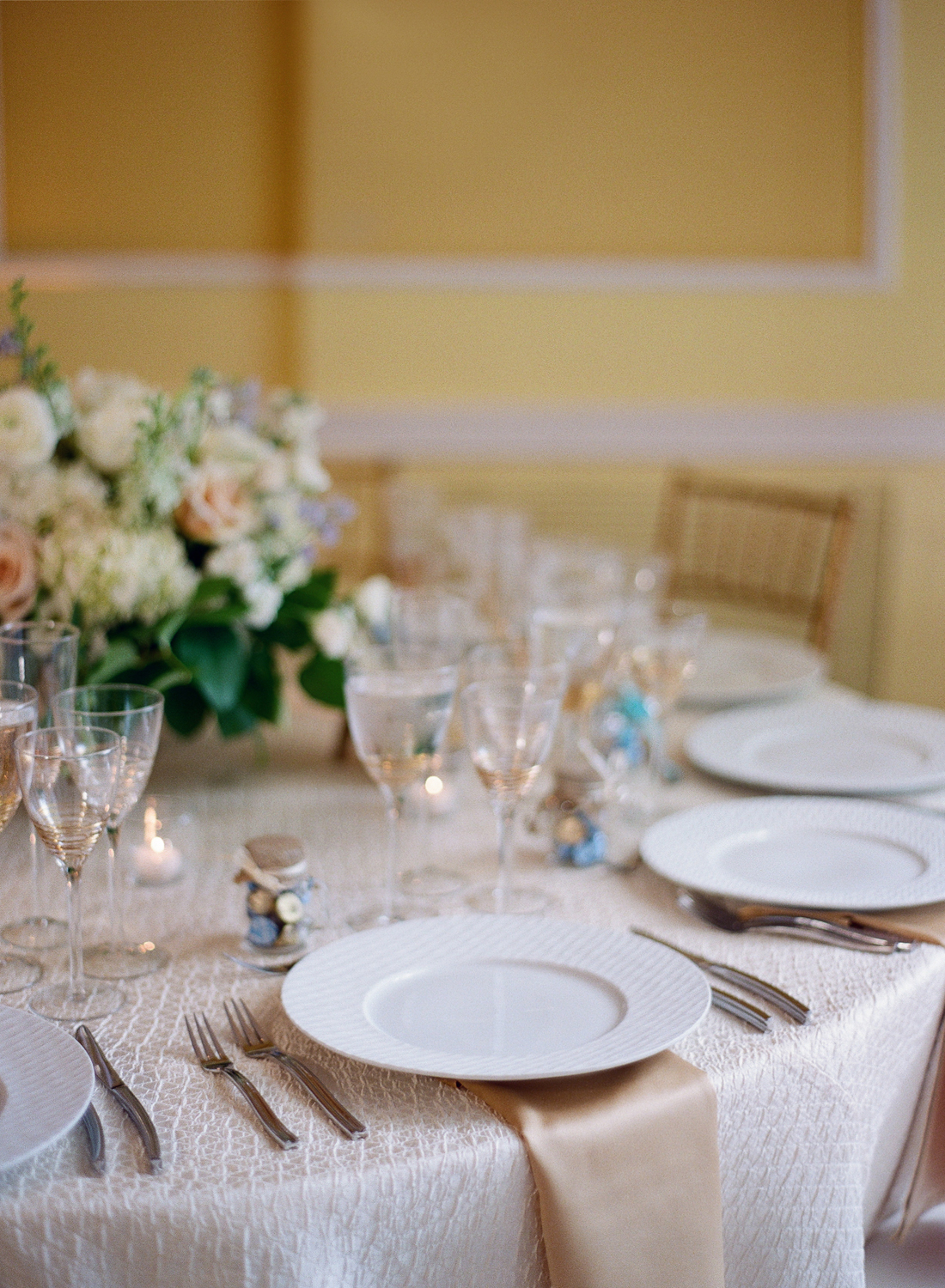 Washington DC Wedding Reception at Dumbarton House