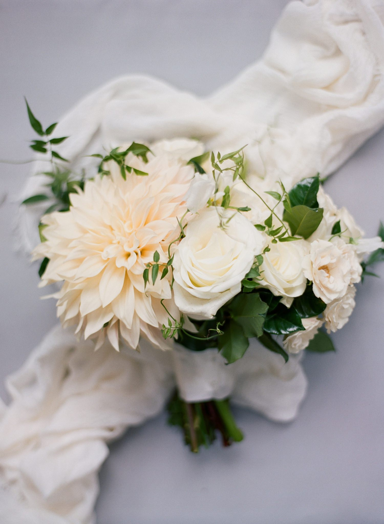 navy and white wedding bouquet