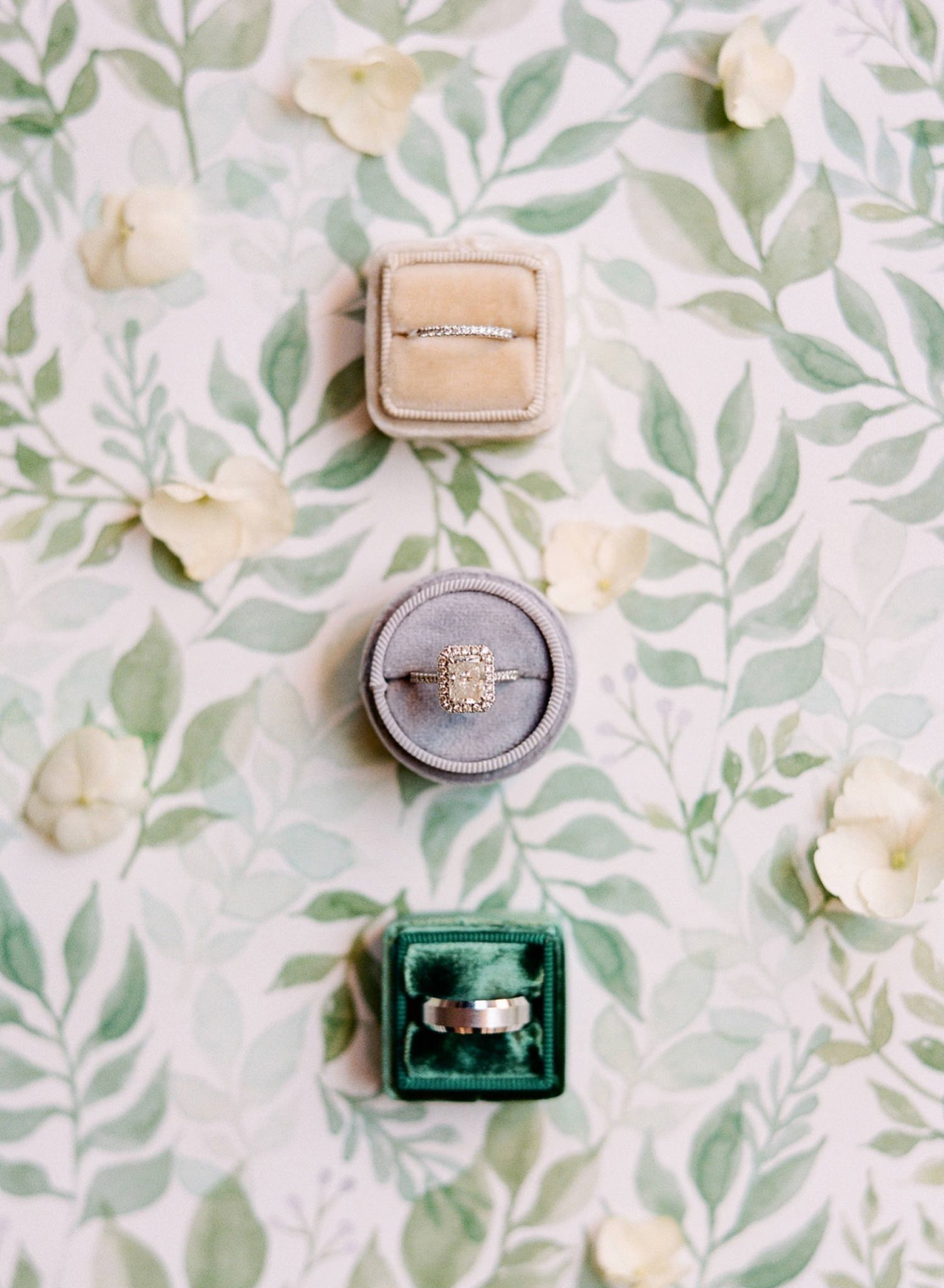 green and ivory wedding inspo