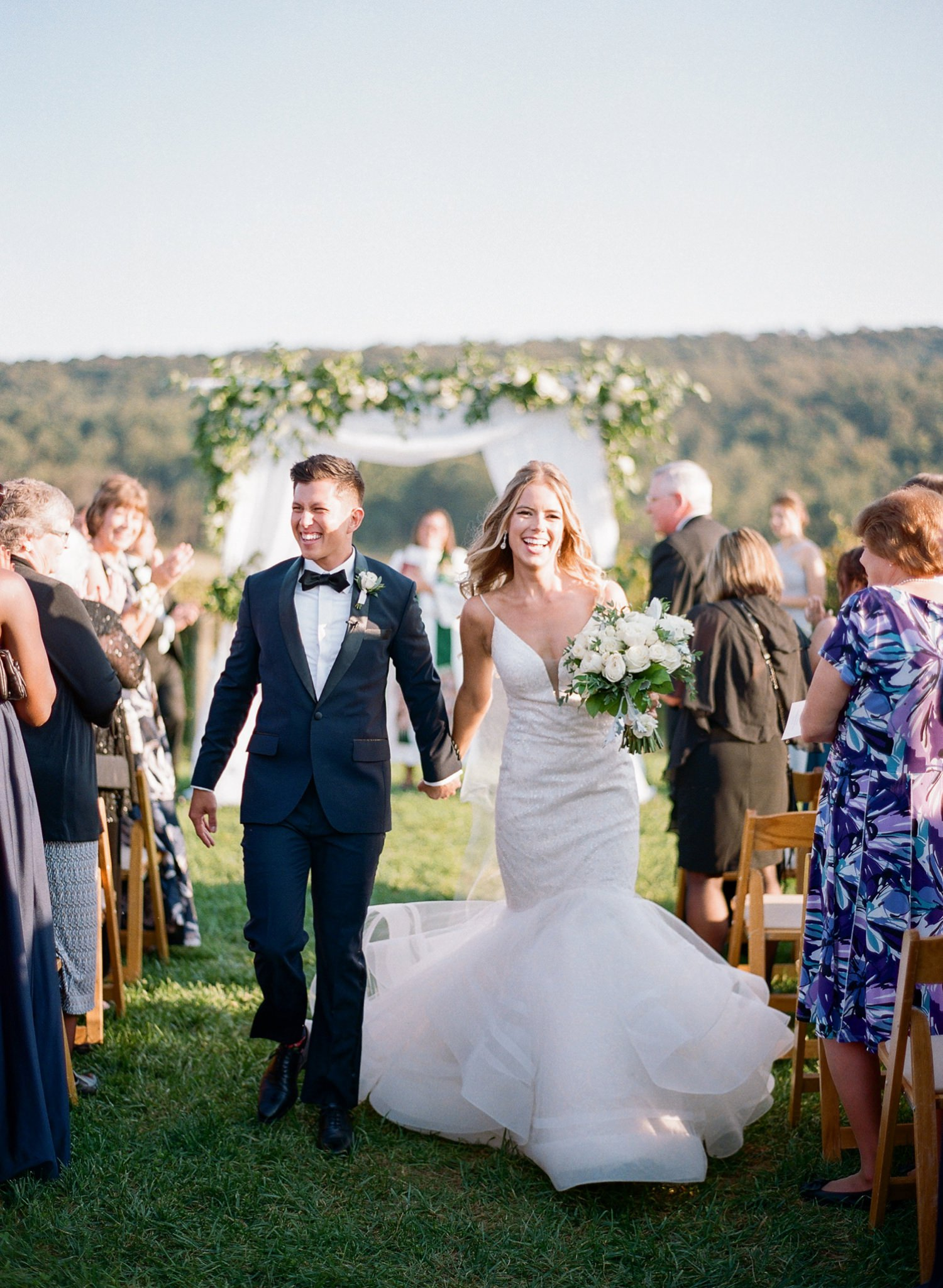 breaux vineyards wedding ceremony