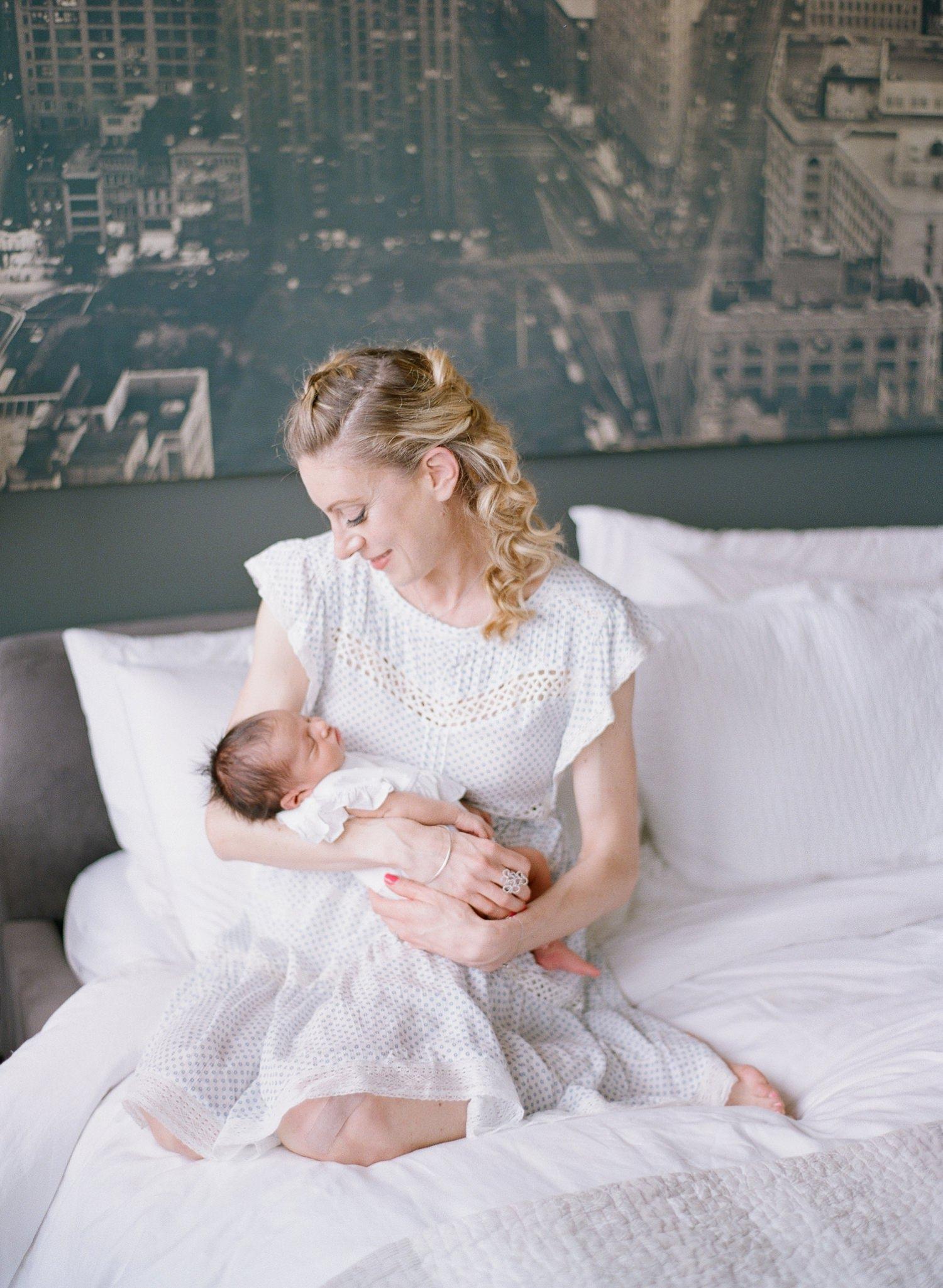 motherhood photographer Arlington Virginia