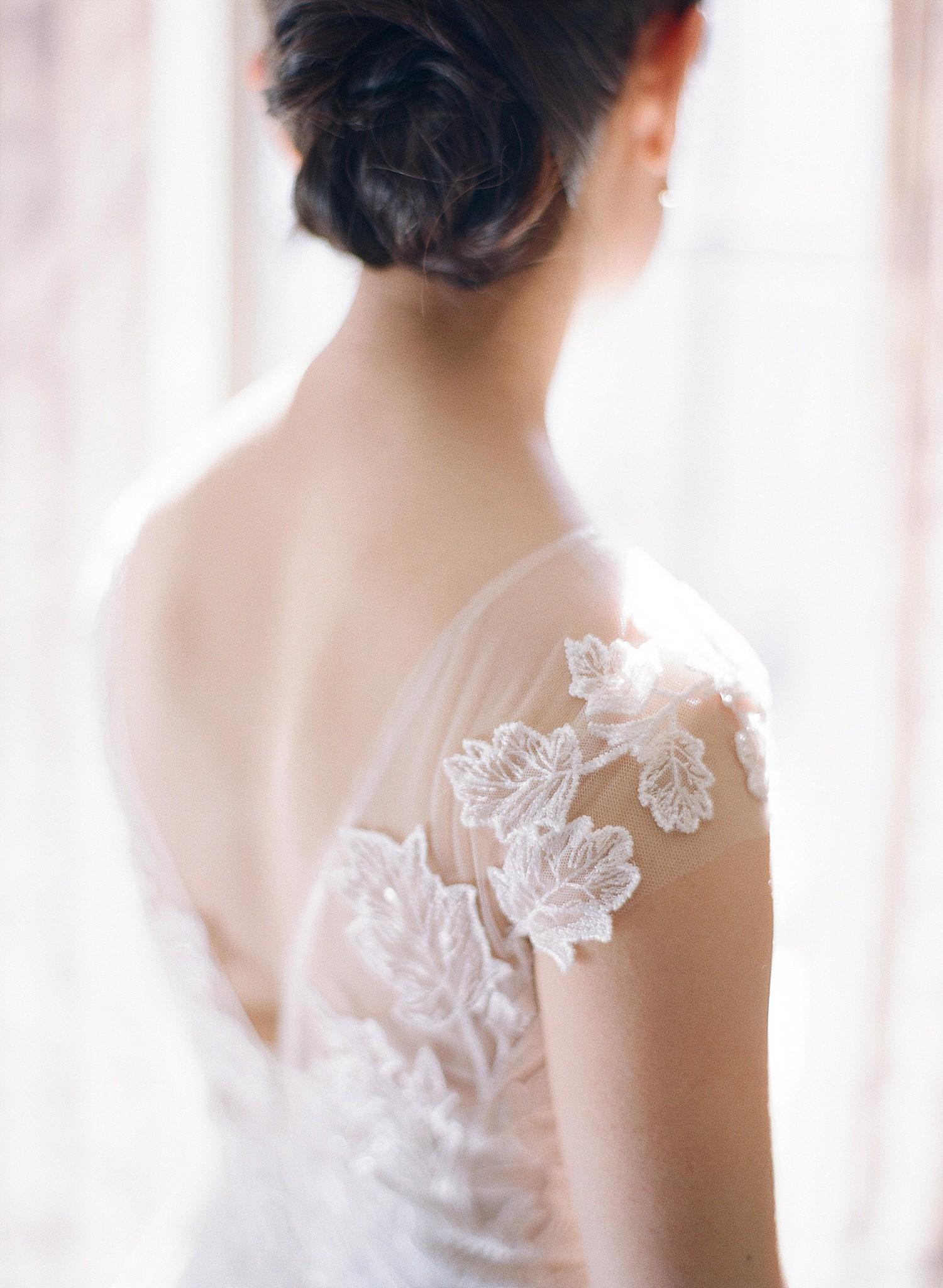 St Regis DC Wedding photos in bridal suite